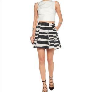 Alice + Olivia Mini Skirt; Zebra Print; Sz: 4